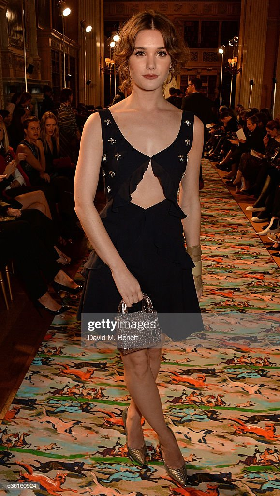 <a gi-track='captionPersonalityLinkClicked' href=/galleries/search?phrase=Sai+Bennett&family=editorial&specificpeople=8676491 ng-click='$event.stopPropagation()'>Sai Bennett</a> attends as Christian Dior showcases its spring summer 2017 cruise collection at Blenheim Palace on May 31, 2016 in Woodstock, England.