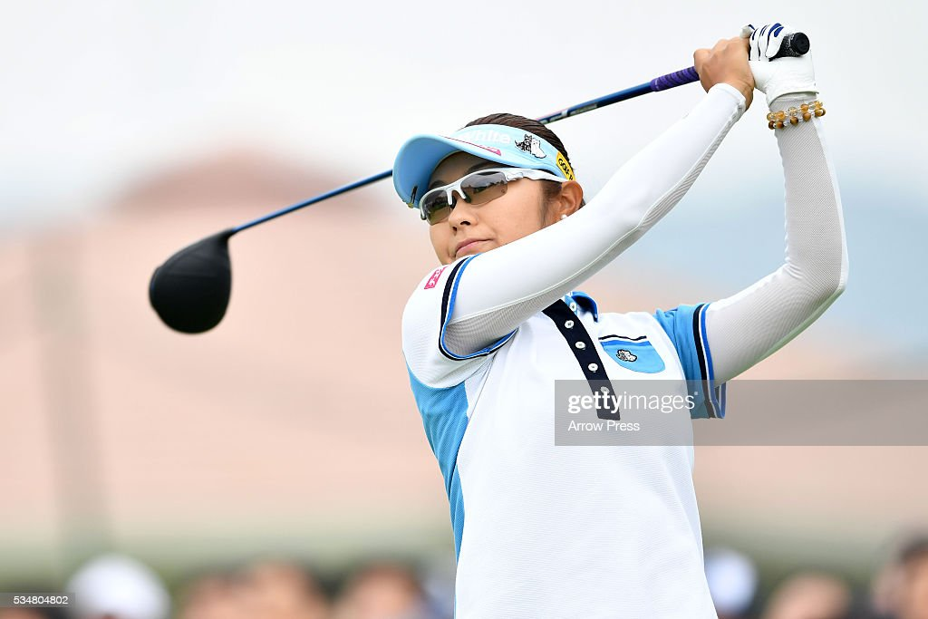 <a gi-track='captionPersonalityLinkClicked' href=/galleries/search?phrase=Saiki+Fujita&family=editorial&specificpeople=7535141 ng-click='$event.stopPropagation()'>Saiki Fujita</a> of Japan hits her tee shot on the 1st hole during second round of the Resorttrust Ladies at the Grandee Naruto Golf Club XIV on May 28, 2016 in Naruto, Japan.