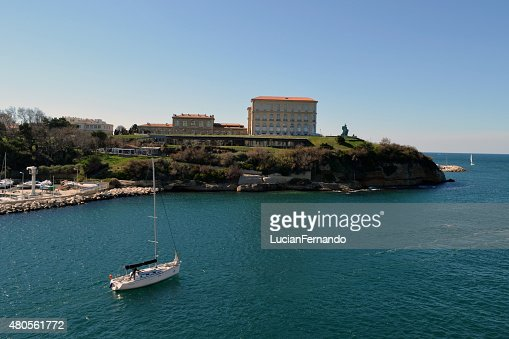 sailing boat going into the ocean : Stock Photo