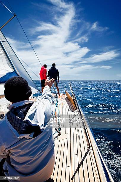 Équipe de voile de bateau à voile