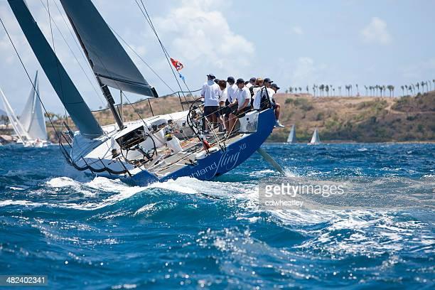 """Segeln crew racing auf einem Segelschiff """"Highland Fling XII""""."""