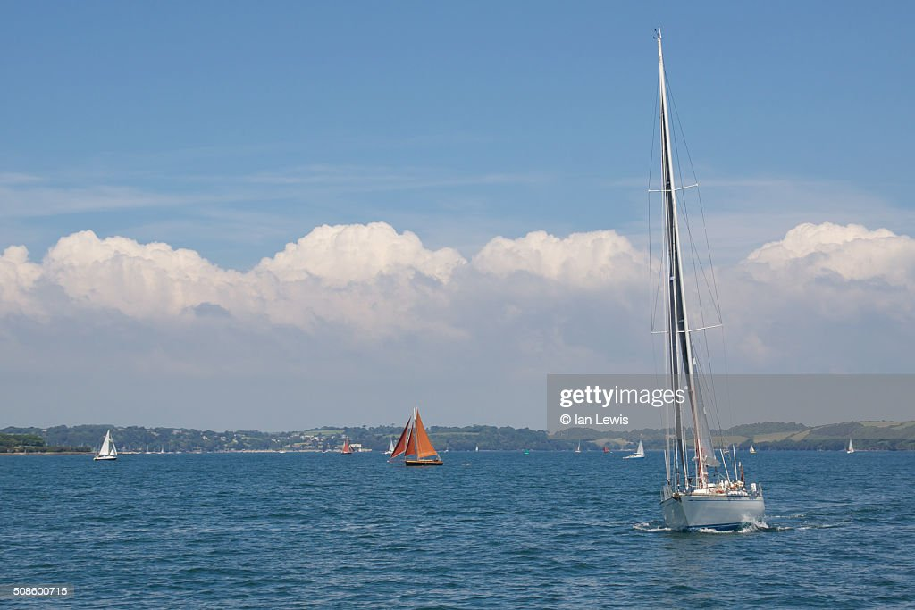 Sailing in Cornwall : Foto de stock