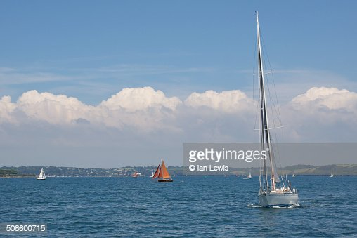 Sailing in Cornwall : Foto de stock