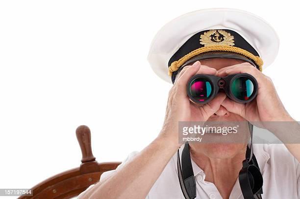 Seemann mit Fernglas, isoliert auf weißem Hintergrund