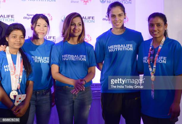 Saina Nehwal Mary Kom Heena Sidhu at a Felicitation function of BWF World Superseries 2017 in New Delhi