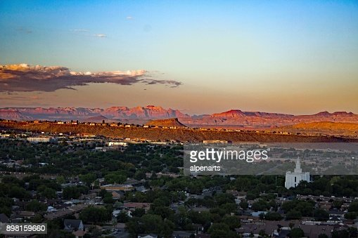 Saint George / Utah - Overlook by night : Stock Photo