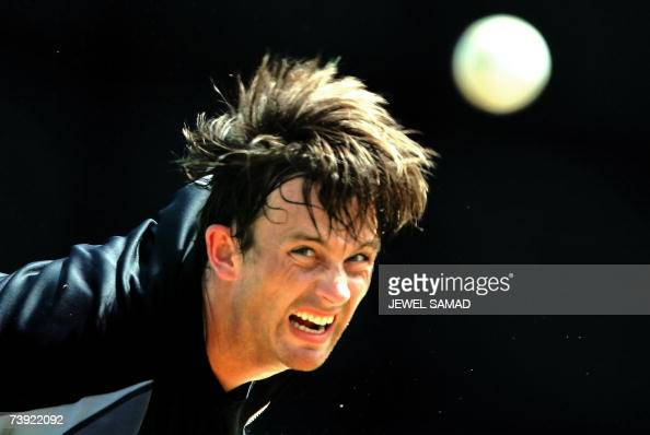 Saint George's GRENADA New Zealand's cricket team fast bowler Shane Bond delivers a ball during a practice session at the Grenada National Stadium in...