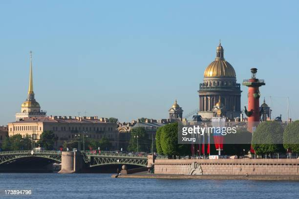 Saint Isaac Cathedral, Rostral column and the Admiralty (St. Petersburg)