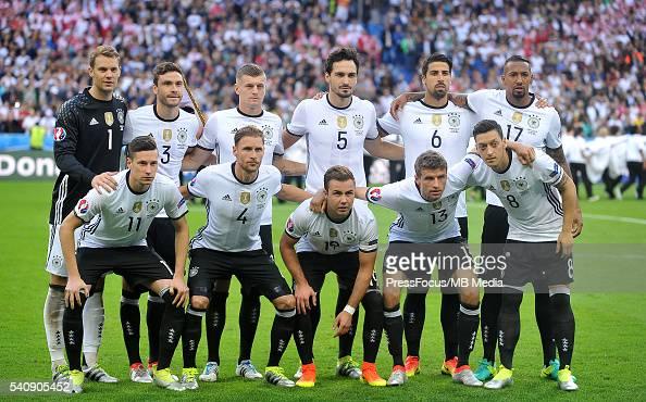 saint denis football uefa euro 2016 group c game between poland and germany grupowe manuel. Black Bedroom Furniture Sets. Home Design Ideas