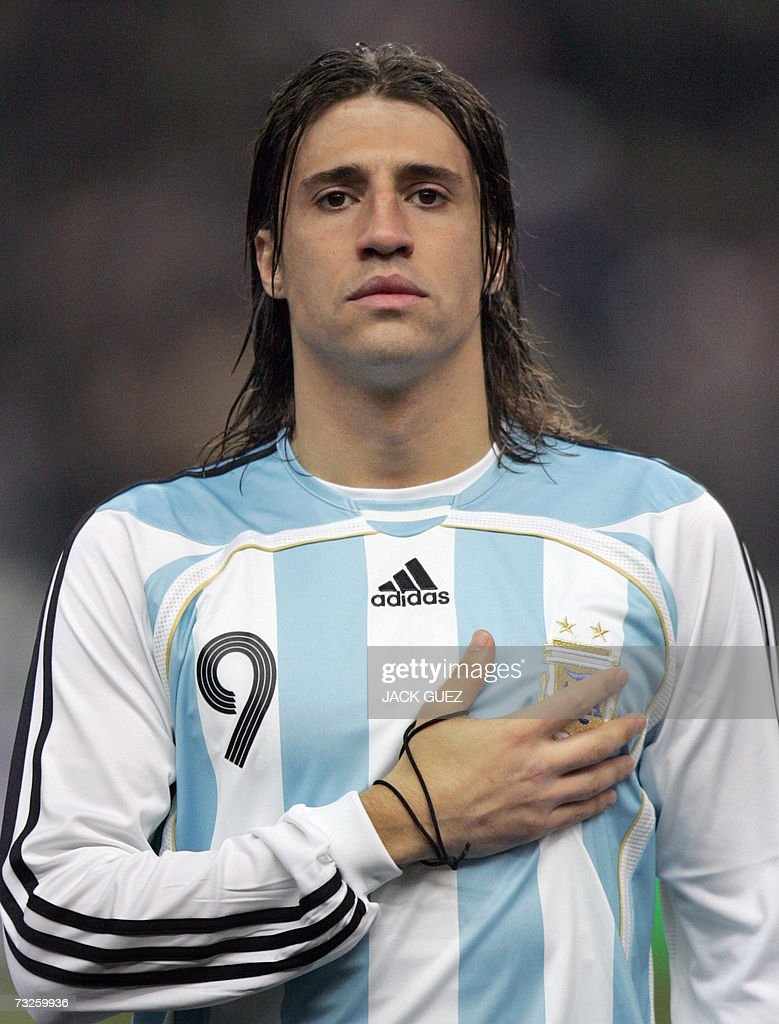 Argentina s forward Hernan Crespo is pic