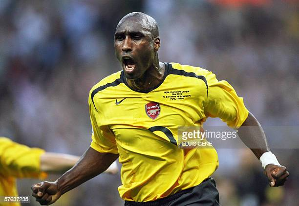 Arsenal's English defender Sol Campbell celebrates after scoring during the UEFA Champion's League final football match Barcelona vs Arsenal 17 May...