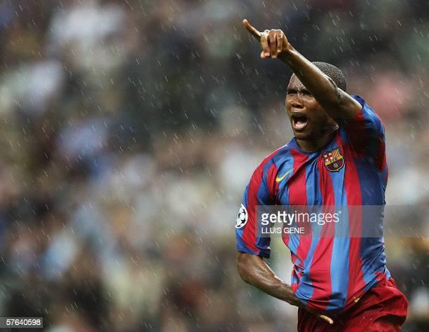 Barcelona's Cameroonian forward Samuel Eto'o celebrates after scoring during the UEFA Champion's League final football match Barcelona vs Arsenal 17...
