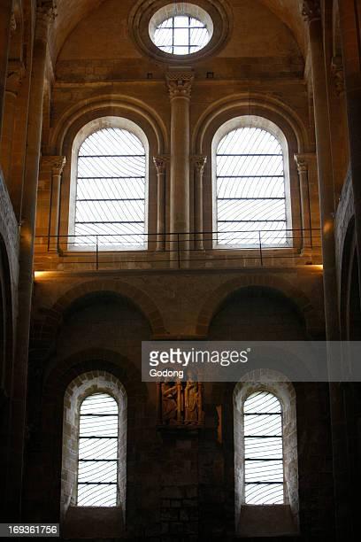 Sainte Foy abbey church datecoratee par les vitraux de Pierre Soulages