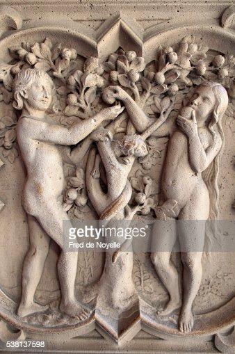 Sainte-Chapelle. Adam and Eve.