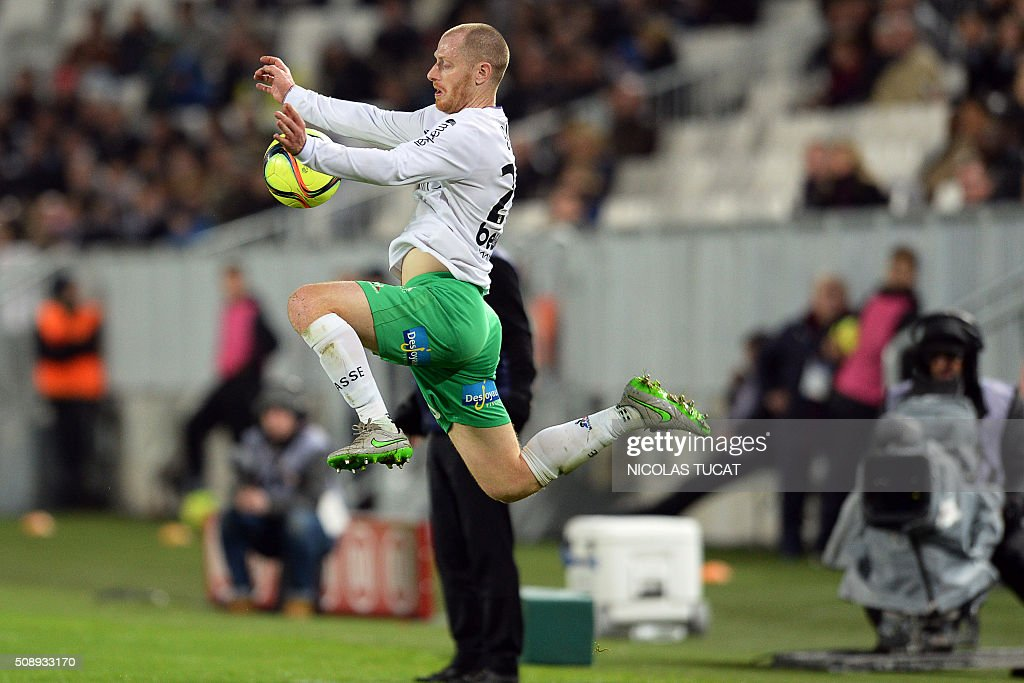 Saint-Etienne's French defender Jonathan Brison controls the ball during the French L1 football match between Bordeaux (FCGB) and Saint-Etienne (ASSE) on February 7, 2016, at the Matmut Atlantique stadium in Bordeaux, southwestern France. AFP PHOTO / NICOLAS TUCAT / AFP / NICOLAS TUCAT