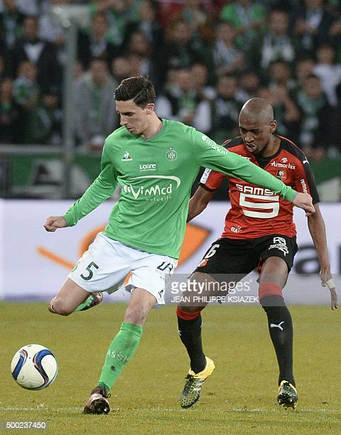 SaintEtienne's French midfielder Vincent Pajot vies with Rennes' Cape Verdean midfielder Gelson Fernandes during the French L1 football match...