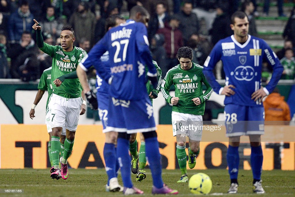 Saint-Etienne's Gabonese forward Pierre-Emerick Aubameyang (L) celebrates after scoring a goal during the French L1 football match AS Saint-Etienne (ASSE) vs Bastia (SCB) on January 27, 2013, at the Geoffroy Guichard Stadium in Saint-Etienne, central France.