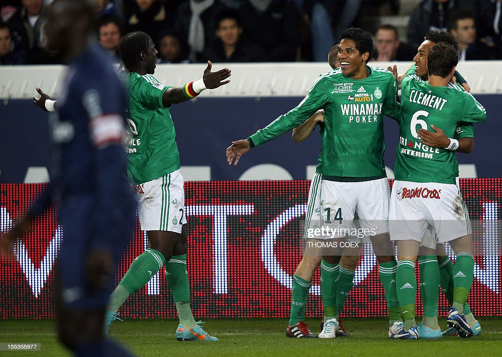 Saint-Etienne's Pierre Emerick Aubameyang (2R) celebrates with his teammates Brandao (C) and Jeremy Clement (L) after scoring during the French L1 football match Paris Saint-Germain (PSG) vs Saint-Etienne (ASSE) on November 3, 2012 at the Parc des Princes stadium, in Paris.