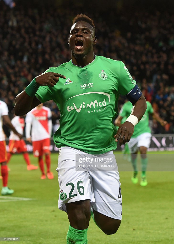 Saint-Etienne's Senegalese defender Moustapha Bayal Sall celebrates after scoring a goal during the French Ligue1 football match between AS Saint-Etienne and AS Monaco, on February 14, 2016 at the Geoffroy Guichard stadium in Saint-Etienne , central France. AFP PHOTO/PHILIPPE DESMAZES / AFP / PHILIPPE DESMAZES