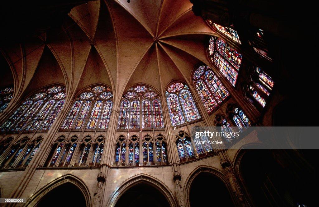 Saint-Pierre-et-Saint-Paul Cathedral in Troyes: Choir
