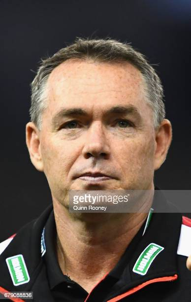 Saints head coach Alan Richardson looks on during the round seven AFL match between the St Kilda Saints and the Greater Western Sydney Giants at...