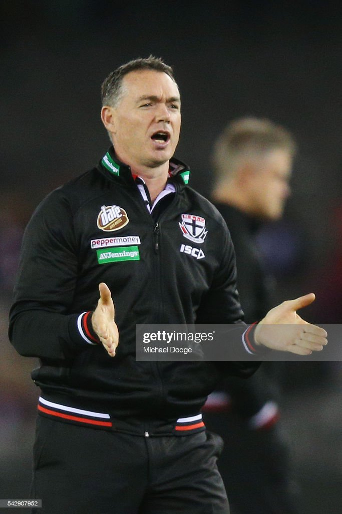 Saints head coach Alan Richardson offers encouragement to players during the round 14 AFL match between the St Kilda Saints and the Geelong Cats at Etihad Stadium on June 25, 2016 in Melbourne, Australia.