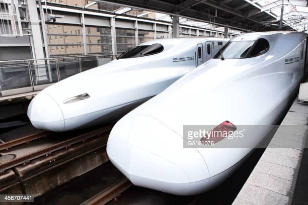 桜新幹線列車で鹿児島中央 Eki