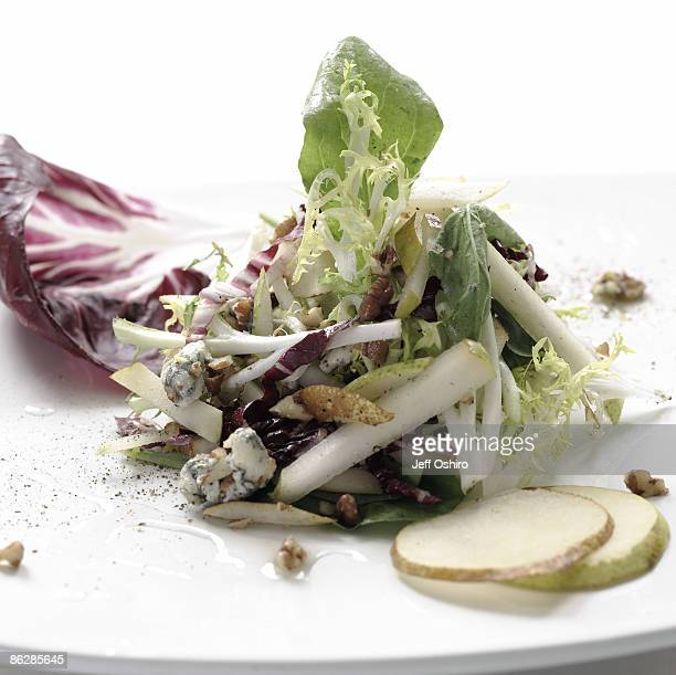 Salad with pears and radicchio