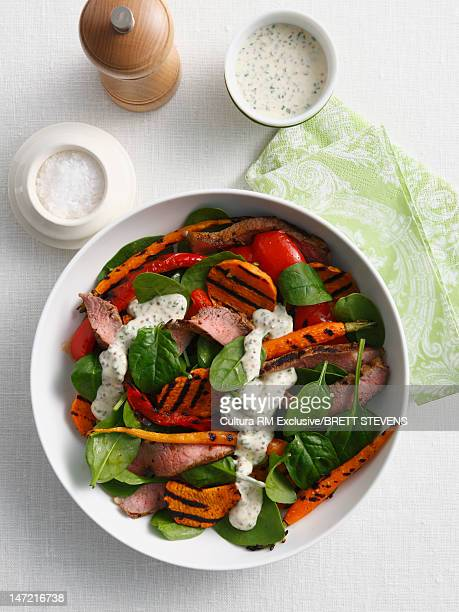 Salad with sausage and peppers