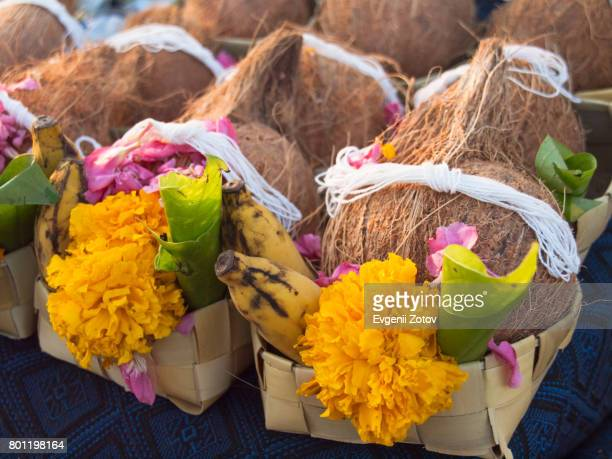 Sale of ready-made sets of offerings for puja (Hindu religious ceremony)