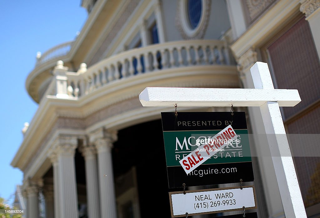 A ''sale pending'' sign is posted in front of a home on June 7, 2012 in San Francisco, California. Average rates for 30 and 15 year fixed mortgages fell for the sixth straight week to record lows. The 30 year loan fell to 3.67 percent from 3.75 percent last week and the 15 year mortgage dropped to 2.94 percent compared 2.97 percent one week ago.