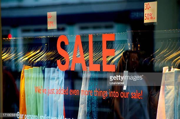 Di vendita in un negozio di finestra