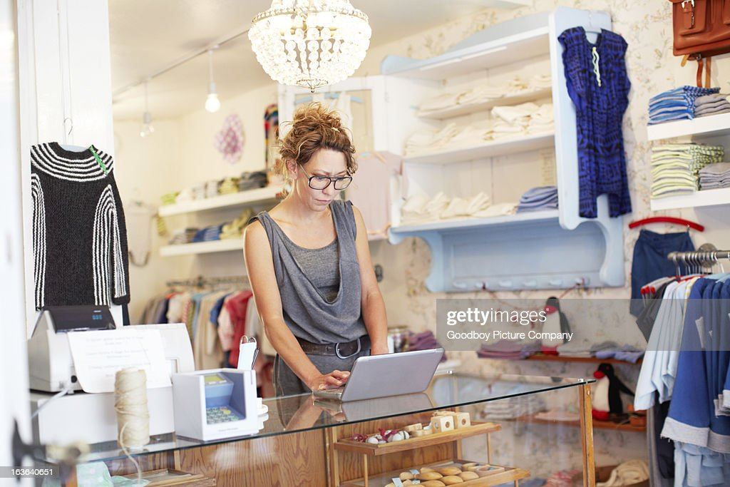 Updating her store's online profile