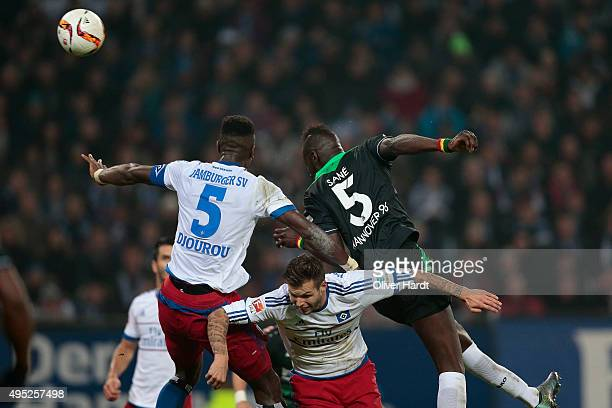 Salif Sane of Hannover scoring his first goal during the First Bundesliga match between Hamburger SV and Hannover 96 at Volksparkstadion on November...
