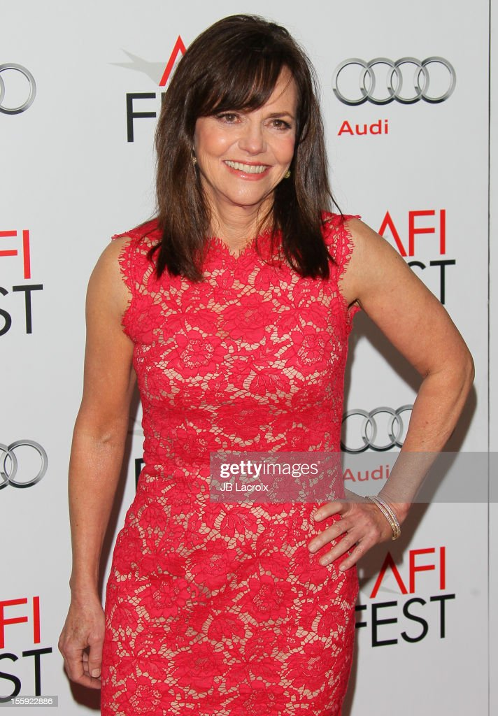 <a gi-track='captionPersonalityLinkClicked' href=/galleries/search?phrase=Sally+Field&family=editorial&specificpeople=206350 ng-click='$event.stopPropagation()'>Sally Field</a> attends the 2012 AFI FEST 'Lincoln' Closing Night Gala premiere at Grauman's Chinese Theatre on November 8, 2012 in Hollywood, California.
