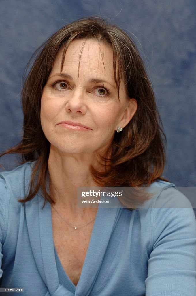 Sally Field during 'Brother and Sisters' Press Conference with Calista Flockhart Sally Field and Rachel Griffiths at Regent Beverly Wilshire Hotel in...