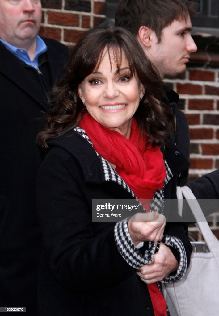<a gi-track='captionPersonalityLinkClicked' href=/galleries/search?phrase=Sally+Field&family=editorial&specificpeople=206350 ng-click='$event.stopPropagation()'>Sally Field</a> leaves 'The Late Show with David Letterman' at Ed Sullivan Theater on February 7, 2013 in New York City.