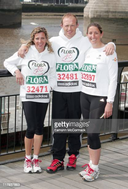 Sally Gunnell Matt Dawson and Dee Caffari during the 2007 Flora London Marathon Press Conference at the Tower Thistle Hotel London on April 20 2007
