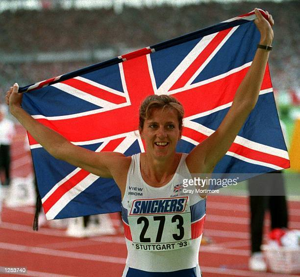 Sally Gunnell wins the 400m hurdles with a new World record time of 5274 Mandatory Credit Gray Mortimore/ALLSPORT