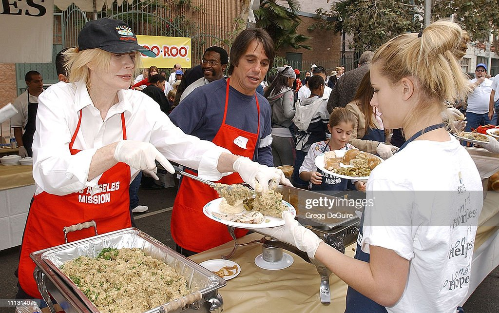 Sally Kellerman Tony Danza during Los Angeles Mission Thanksgiving Meal for the Homeless in Los Angeles California United States