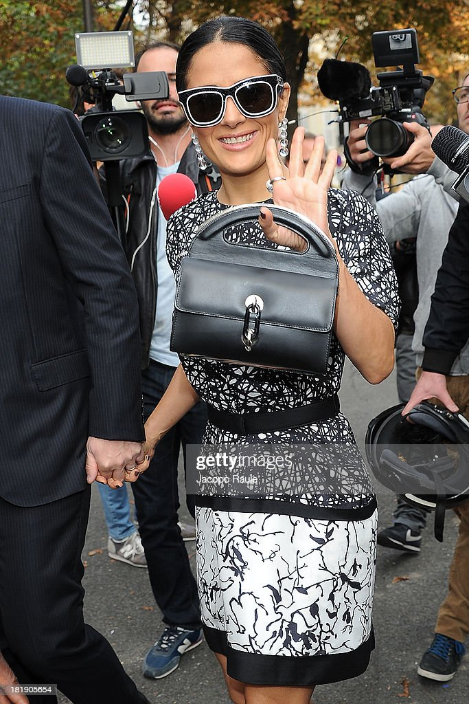 <a gi-track='captionPersonalityLinkClicked' href=/galleries/search?phrase=Salma+Hayek&family=editorial&specificpeople=201844 ng-click='$event.stopPropagation()'>Salma Hayek</a> arrives at the Balenciaga fashion show during Paris Fashion Week - Womenswear SS14 - Day 3 on September 26, 2013 in Paris, France.