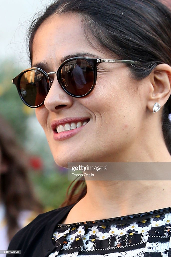 Salma Hayek (sunglasses detail) leaves at the end of 'Un Muro o Un Ponte' Seminary held by Pope Francis at the Paul VI Hall on May 29, 2016 in Vatican City, Vatican.