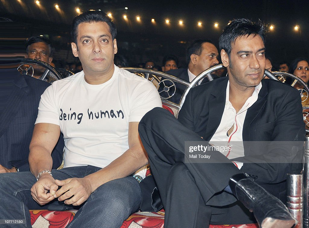 <a gi-track='captionPersonalityLinkClicked' href=/galleries/search?phrase=Salman+Khan+-+Actor&family=editorial&specificpeople=558807 ng-click='$event.stopPropagation()'>Salman Khan</a> and <a gi-track='captionPersonalityLinkClicked' href=/galleries/search?phrase=Ajay+Devgan&family=editorial&specificpeople=627271 ng-click='$event.stopPropagation()'>Ajay Devgan</a> at Mumbai Police show Umang 2011 at Andheri Sports Complex, Mumbai on December 19, 2010.