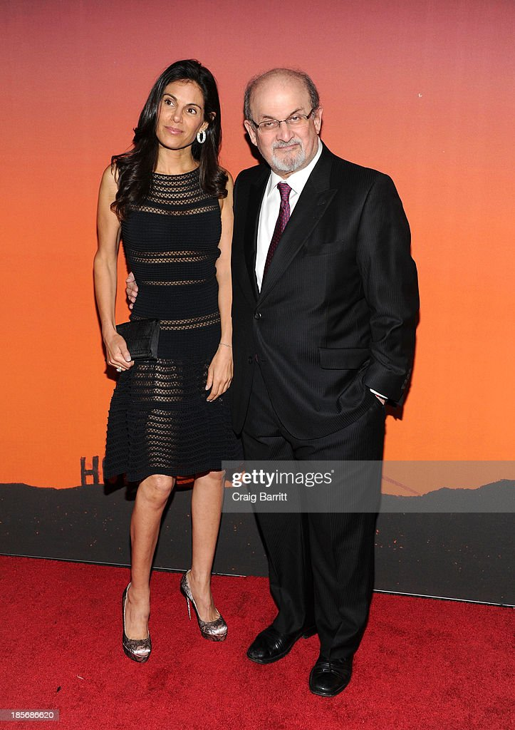 <a gi-track='captionPersonalityLinkClicked' href=/galleries/search?phrase=Salman+Rushdie&family=editorial&specificpeople=203293 ng-click='$event.stopPropagation()'>Salman Rushdie</a> arrives at the 2013 Whitney Gala And Studio Party at Skylight at Moynihan Station on October 23, 2013 in New York City.