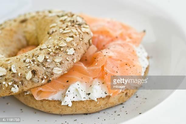Bagel au fromage frais et saumon
