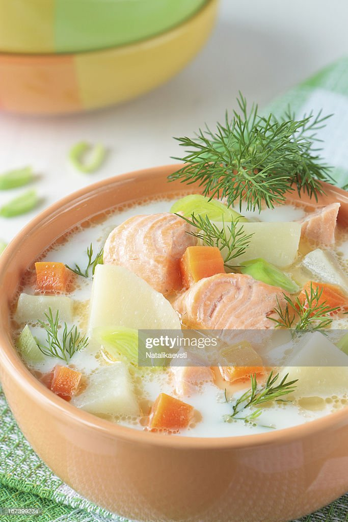Salmon soup with cream, potatoes and carrots : Stockfoto