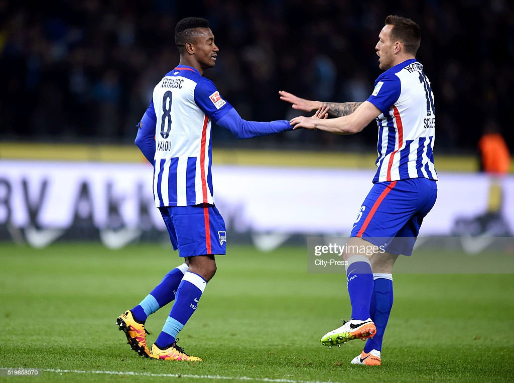 Salomon Kalou and Julian Schieber of Hertha BSC celebrate after scoring the 2:2 during the Bundesliga match between Hertha BSC and Hannover 96 at Olympiastadion on April 8, 2016 in Berlin, Germany.