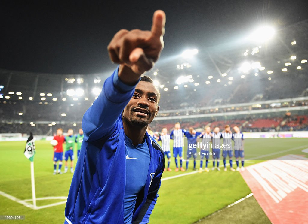 Salomon Kalou of Berlin celebrates at the end of the Bundesliga match between Hannover 96 and Hertha BSC at HDI-Arena on November 6, 2015 in Hanover, Germany.