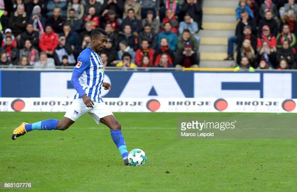 Salomon Kalou of Hertha BSC goals to 11 during the game between SC Freiburg and Hertha BSC on October 22 2017 in Freiburg Germany
