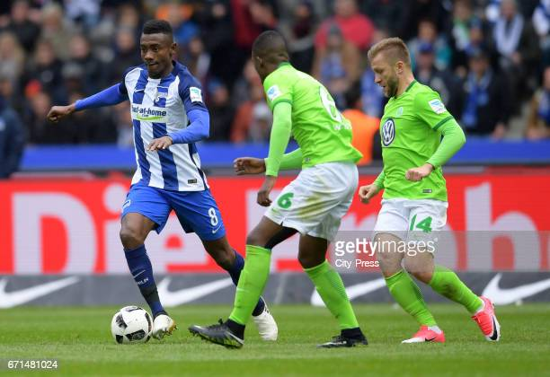 Salomon Kalou of Hertha BSC Riechedly Bazoer and Jakub Blaszczykowski of VfL Wolfsburg during the game between Hertha BSC and dem VfL Wolfsburg on...